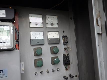 キュービクル内機器 改修工事 計器交換(電圧計電流計交換)